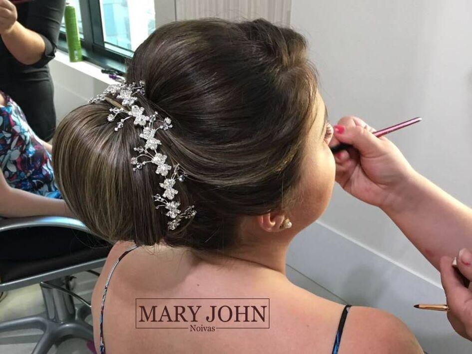 Mary John Noivas