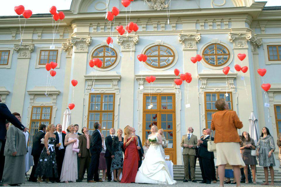 Beispiel: Hochzeitsgesellschaft, Foto: Hotel Restaurant Knappenstöckl.