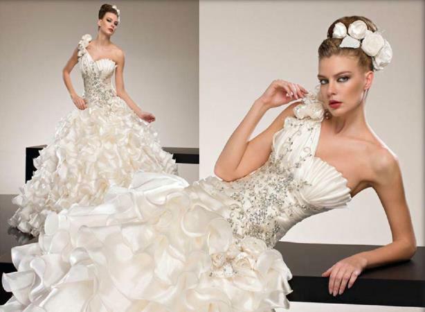 Beispiel: Hochzeitskleid, Foto: Samyra Fashion.