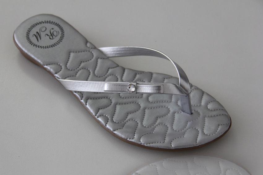 Slim Fashion Matelassê Coração Prata com Lacinho Chanel e Pedra