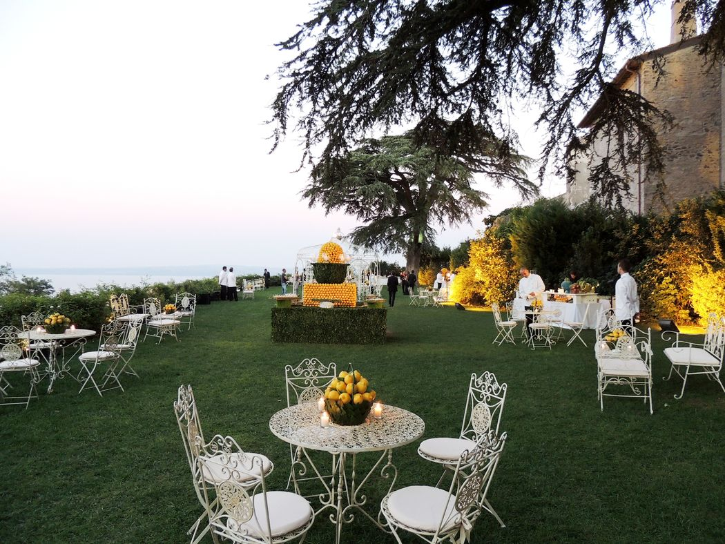 Castello Odescalchi di Bracciano Giardino Segreto per l'aperitivo   Secret Garden for cocktail