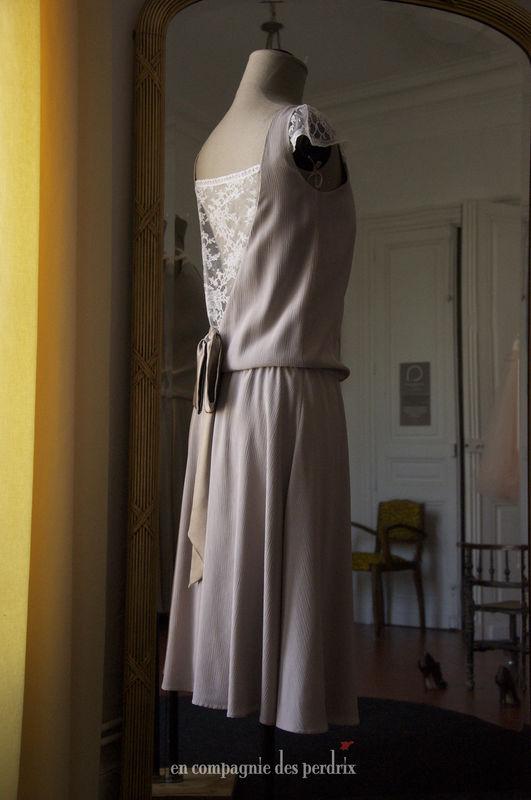 en compagnie des perdrix - robe courte années 20