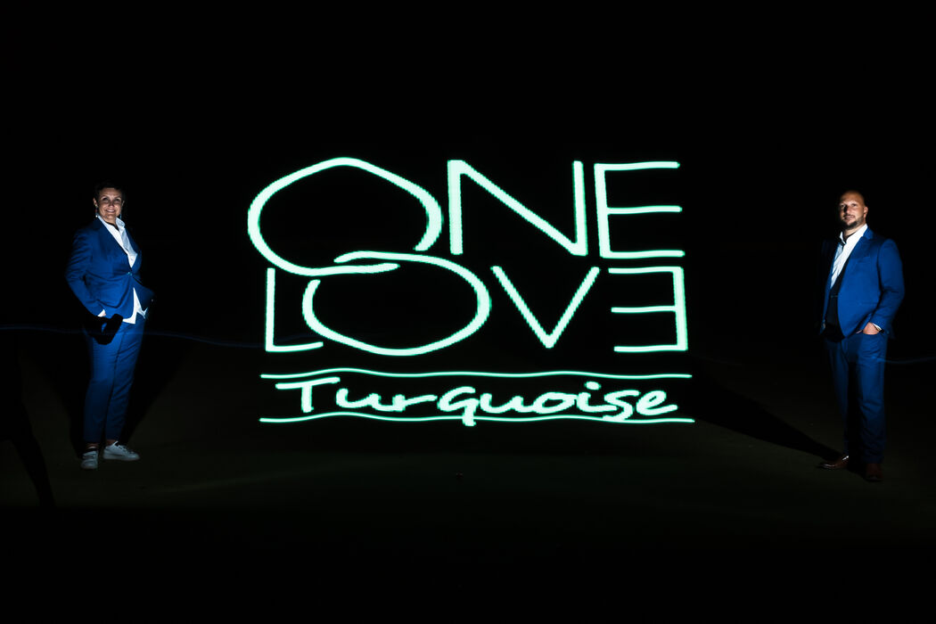 "ONE LOVE TURQUOISE ""International Wedding Planner"""