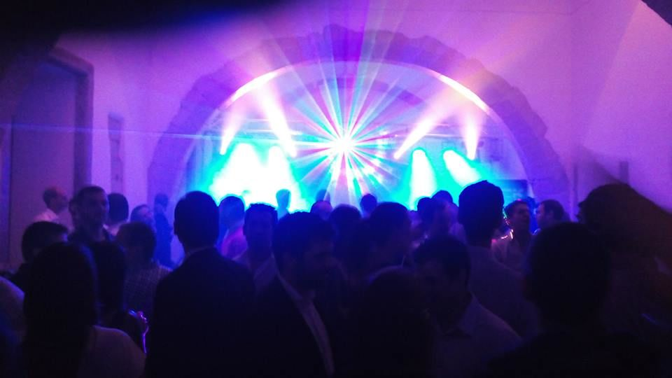 Sistema de Luzes para Pista de Dança