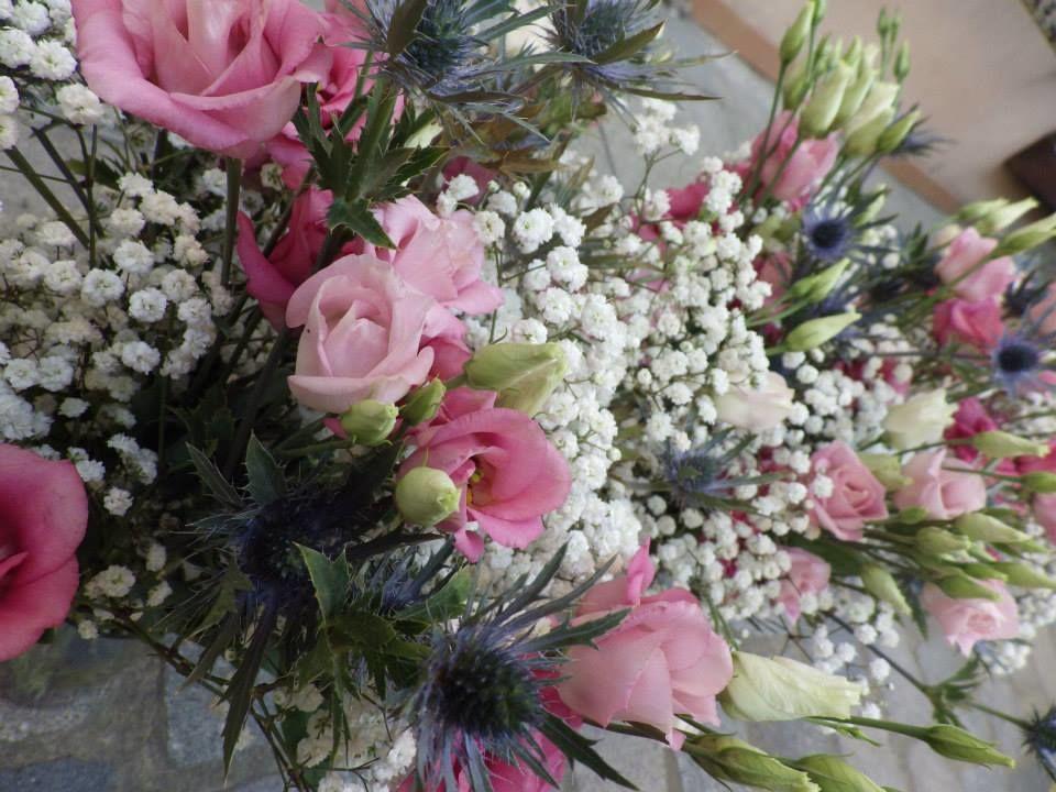 Fleuriste interflora neuville sur sa ne livraison de for Livraison fleurs lyon