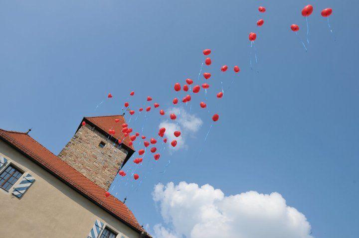 Beispiel: Herzluftballons, Foto: Burg Wernberg.