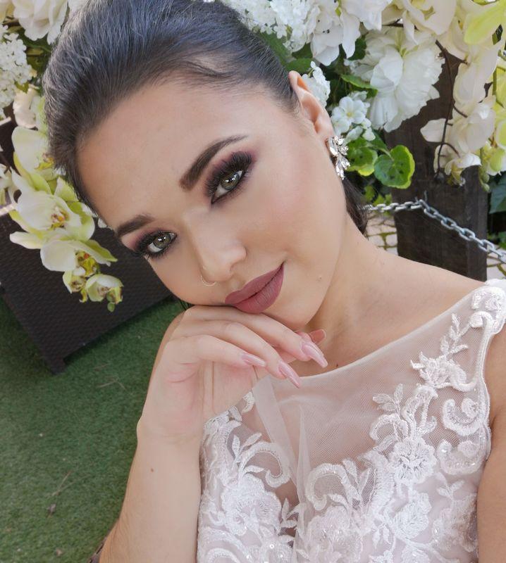 Andreia Martins- Makeup Academy