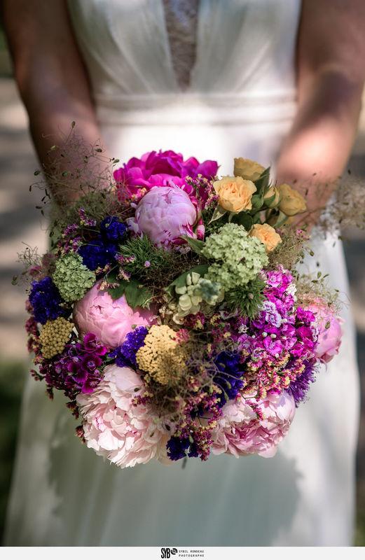 Bouquet de mariée champêtre et coloré