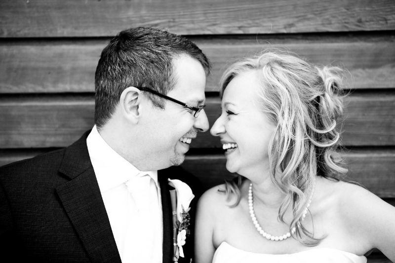 Beispiel: Wunderschöne Hochzeitsfotos, Foto: Romeoplusjuliet Photography.