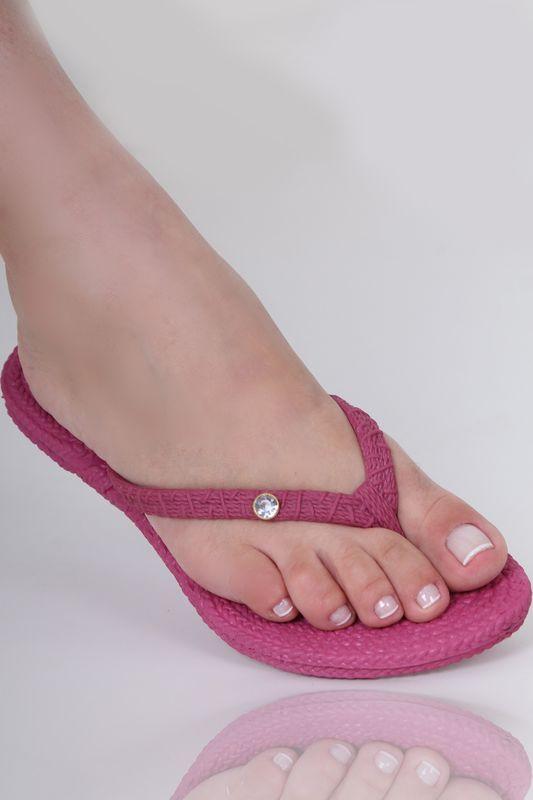 Chinelo Trancinha Rosa Pink com Pedra Strass na Tira