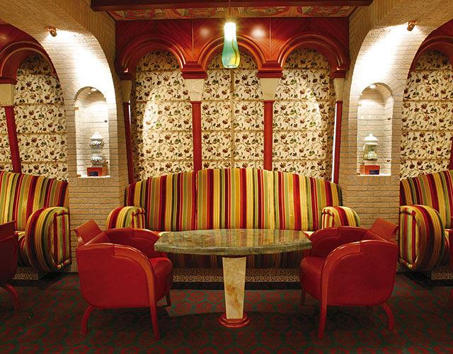 Beispiel: Bar, Foto: Nees Reisen.