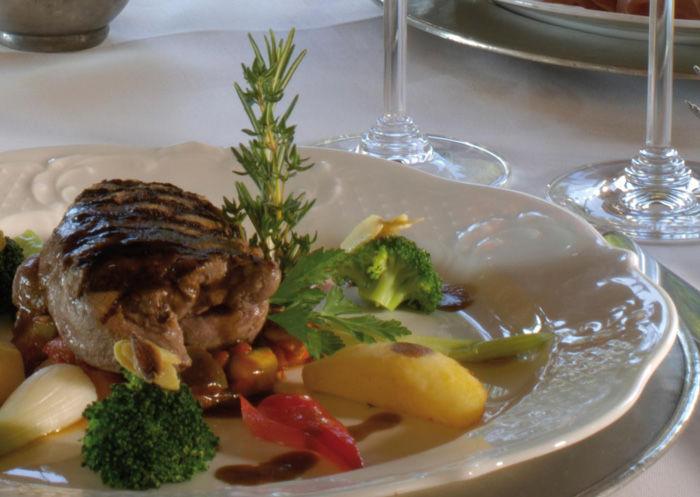 Beispiel: Gastronomisches, Foto: Landgasthof zu den Drei Sternen.