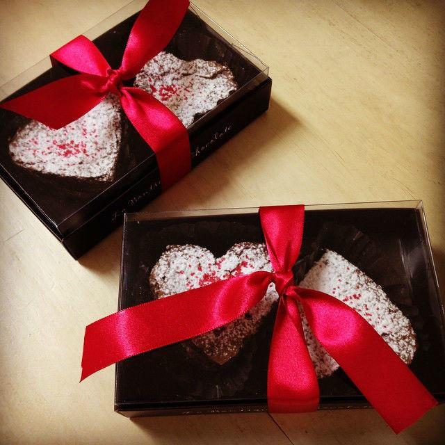 Corazones de brownie