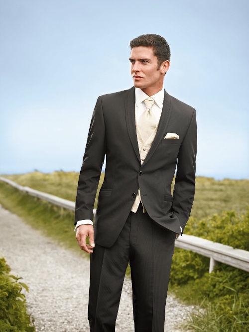 Beispiel: Mode für den Bräutigam mit Stil, Foto: Chez Janine.