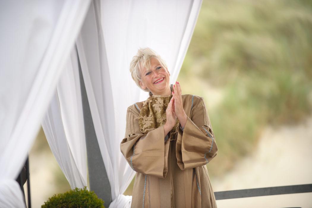 van ver trouwen, internationaal trouwambtenaar