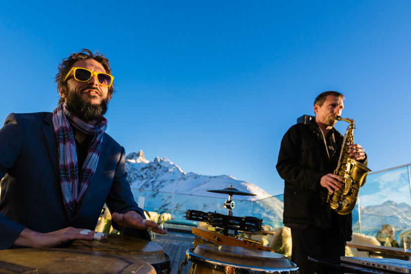 Saxophonist, Hochzeits Band: Sax o' conga