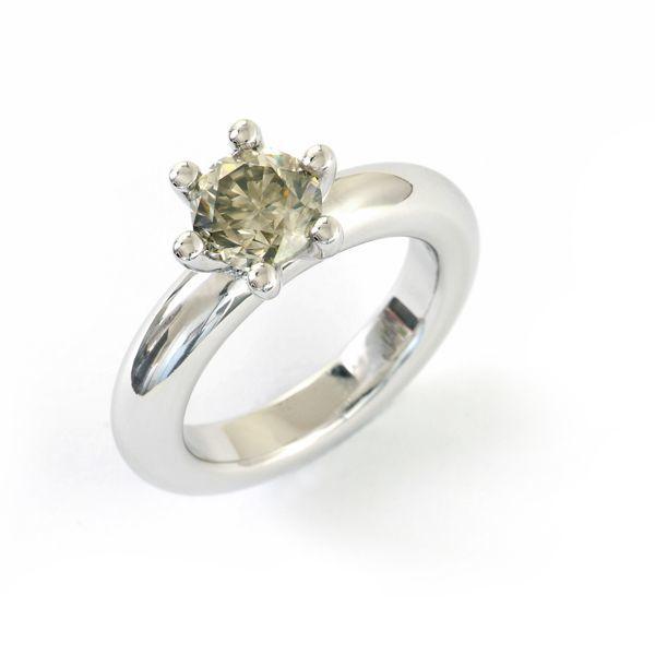 Verlobungsring  in Weissgold 750 mit grauem Brillant