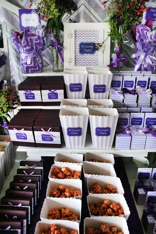 Mesa de dulces morado Chevron