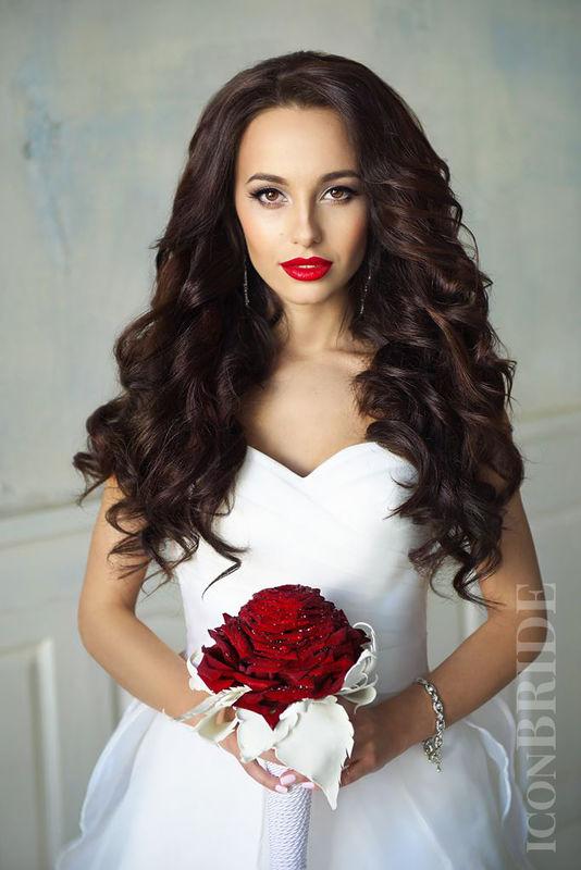 Свадебная прическа и макияж от ICONBRIDE