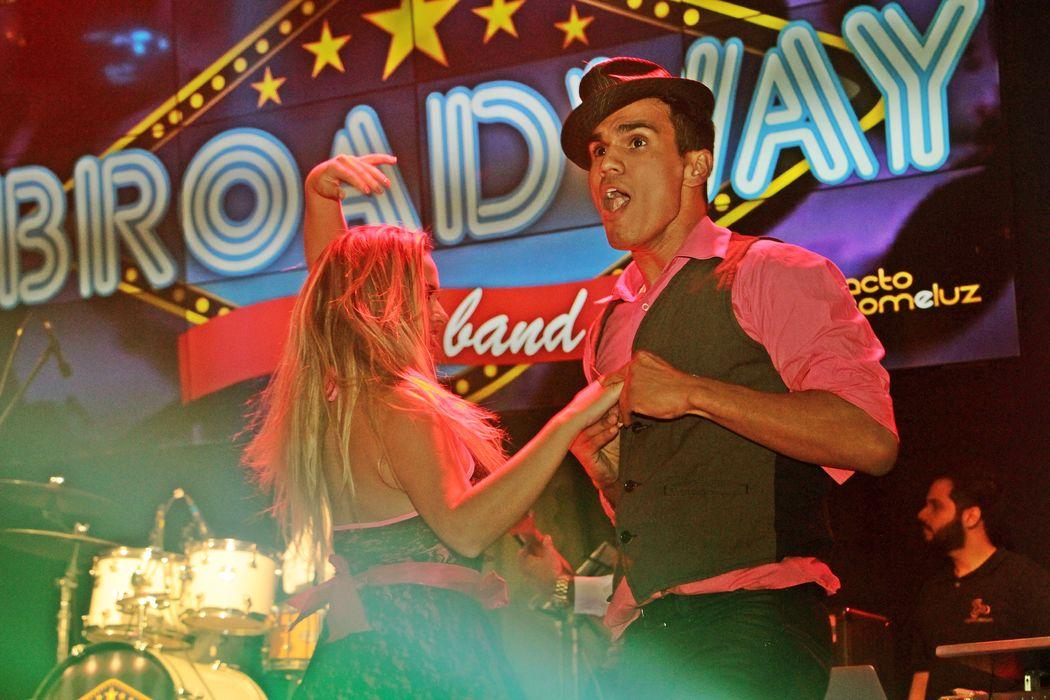 Banda Broadway Show Band