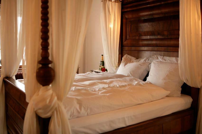 Beispiel: Suite, Foto: Wasserschloss Hagenwil.