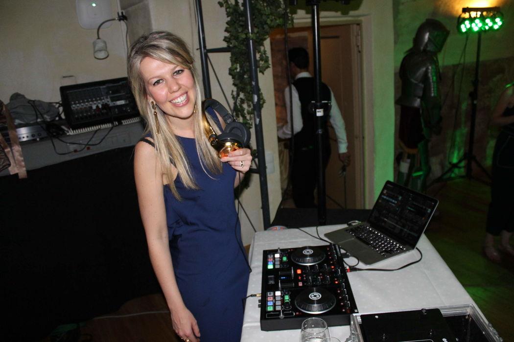 DJ Carol Neumann