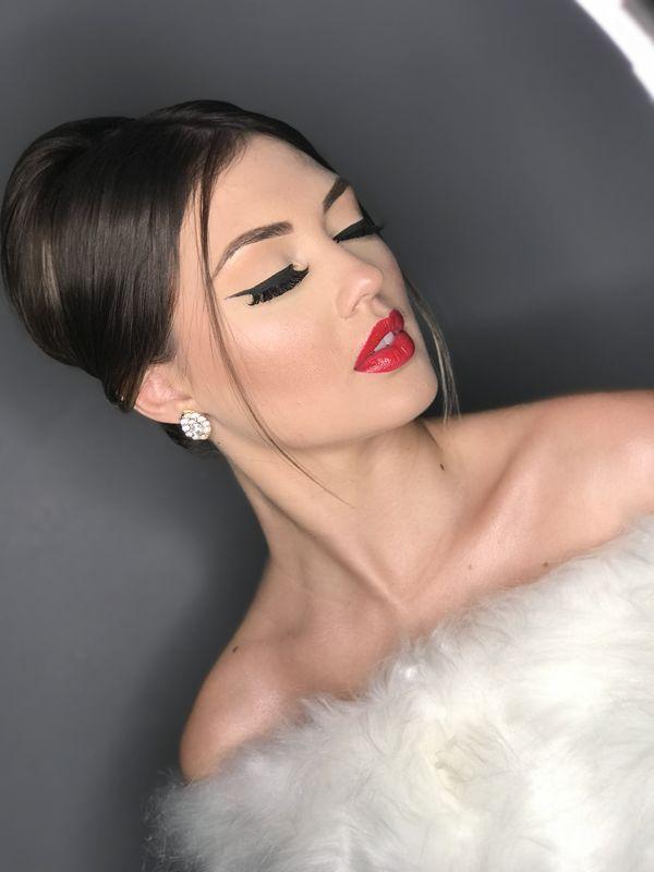 Aninha Garcia Makeup Artist