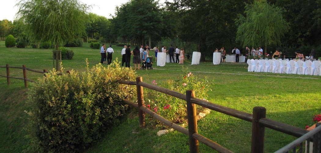 Gli invitati stanno arrivando all'Hotel Certaldo (Toscana)