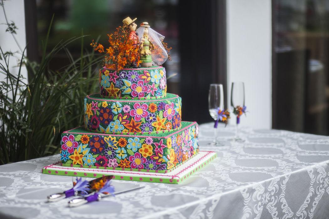 Torta de novios estilo andino