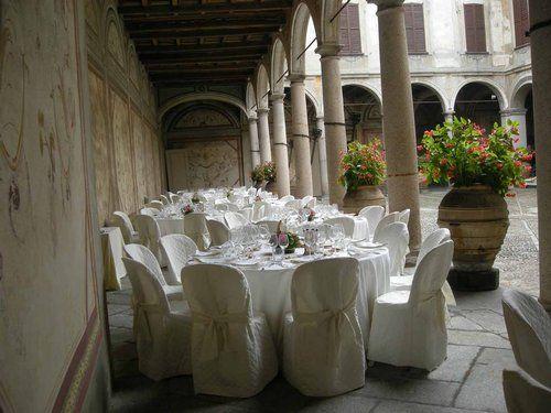 Tavoli allestiti Corte Nobile- Villa Gaia Gandini