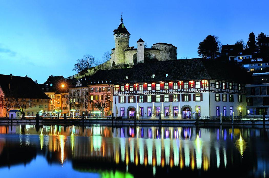Am Rhein unterhalb dem Munot