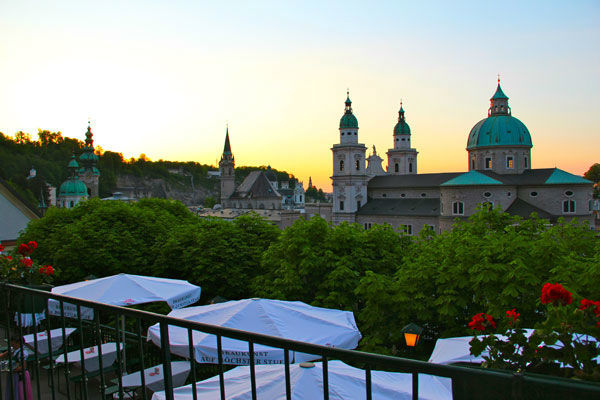Sonnenuntergang über der Stadt Salzburg