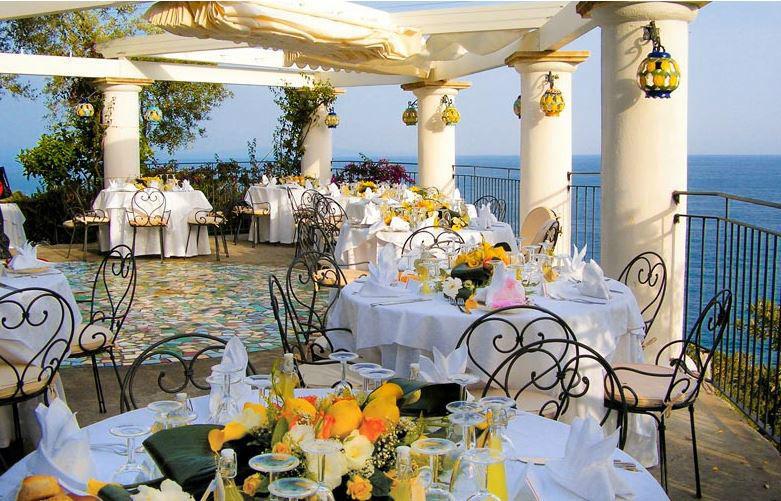 Matrimonio Spiaggia Costiera Amalfitana : La conca azzurra dei marini matrimonio