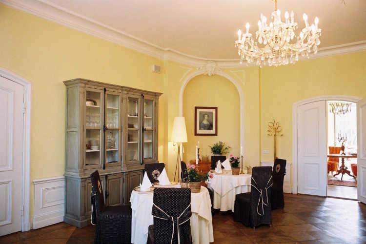Beispiel: Restaurant, Foto: Schloss Steinhöfel.