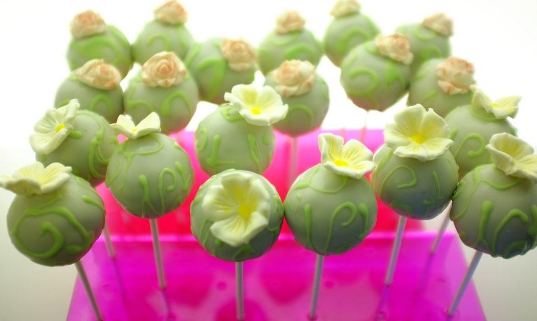 Cakepops detalles florales