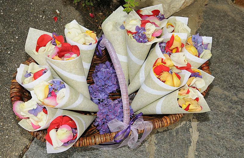 Beispiel: Blumen für die Hochzeitsgäste, Foto: myflower.