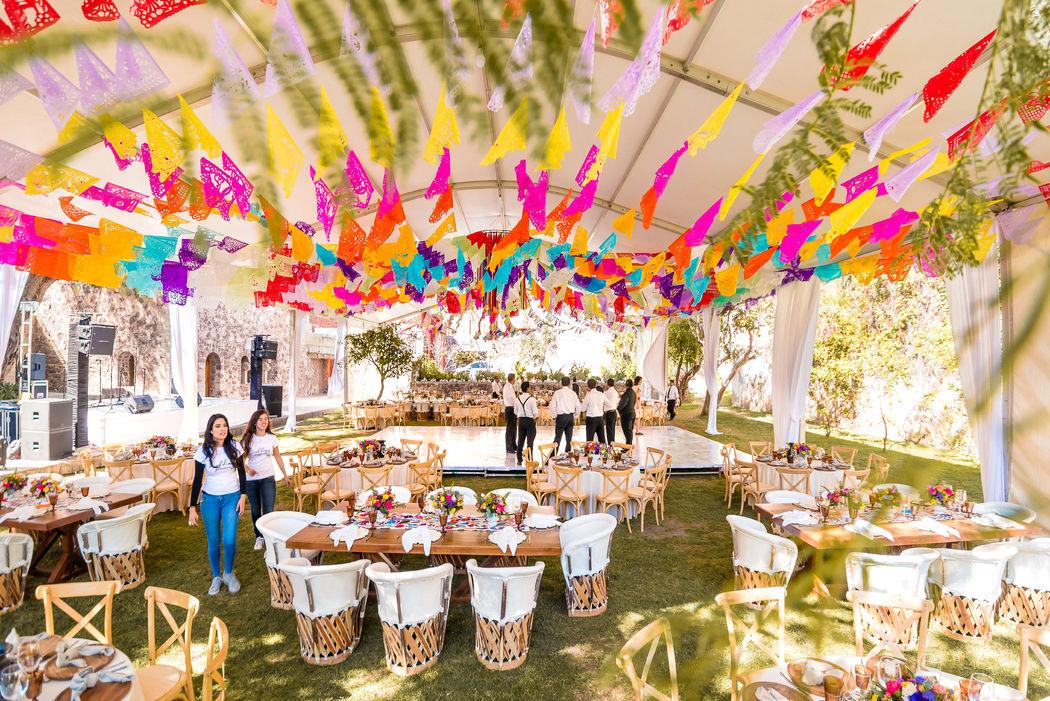 Bodas en Guanajuato by Lovely Planners