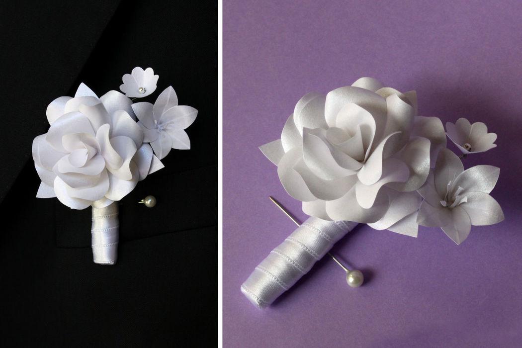 Flores para a lapela em papel