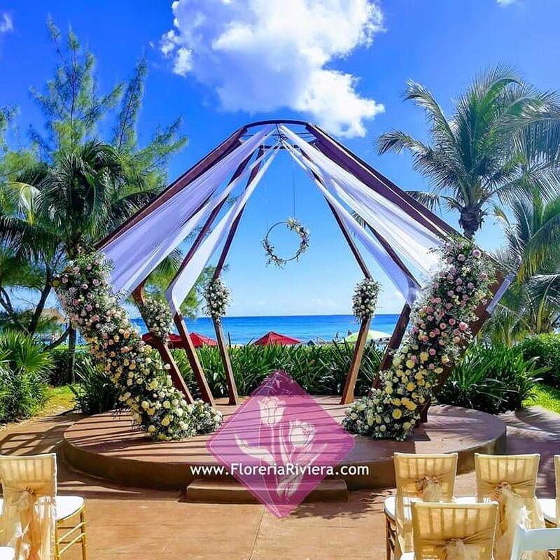 Florería Riviera Maya