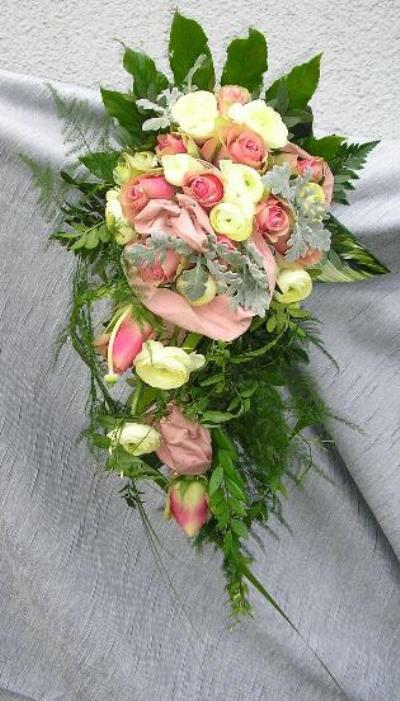 Beispiel: Brautstrauß, Foto: Antjes Floristik Atelier.