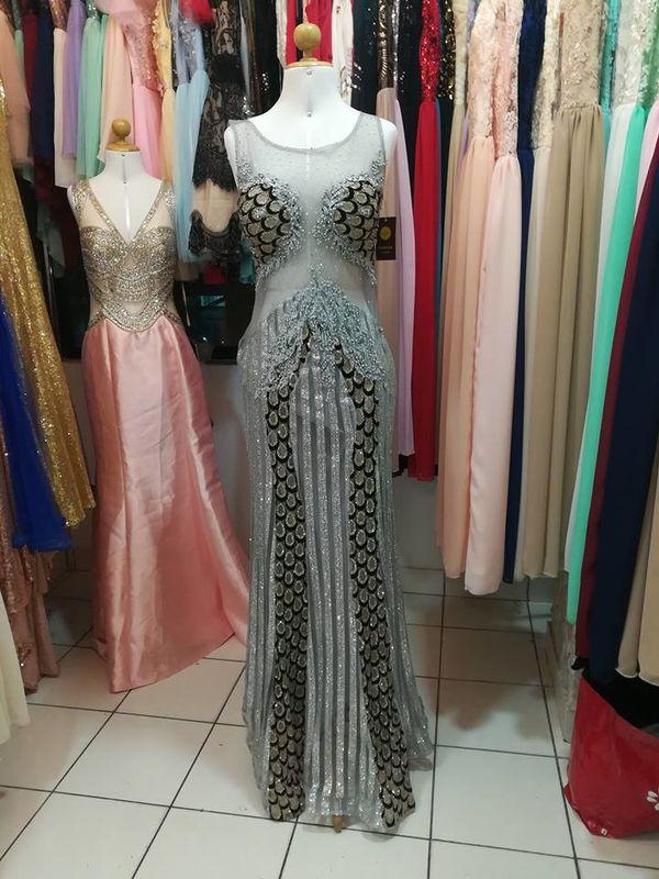 ee3c21cc6 Alquiler y venta vestidos de fiesta Silvias - Opiniones