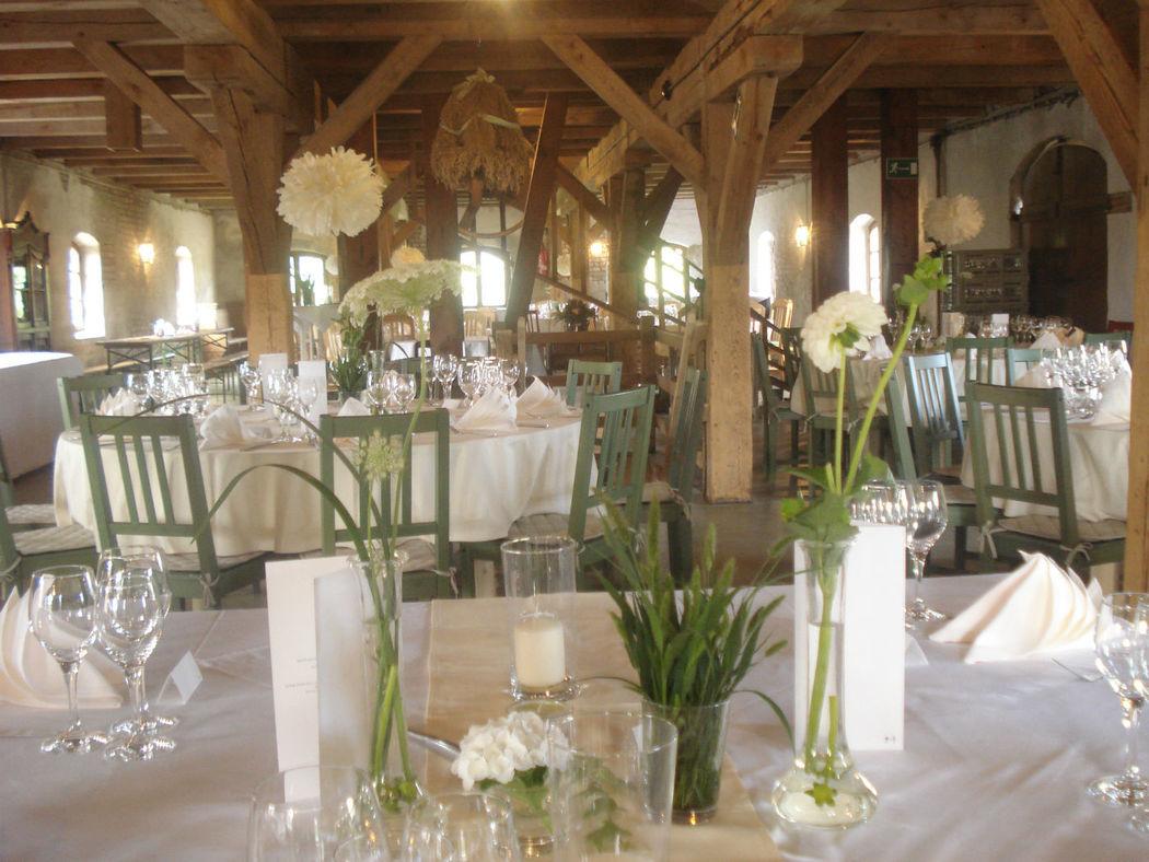 Beispiel: Bankett - Tischdekoration, Foto: Gutshof Wilsickow.