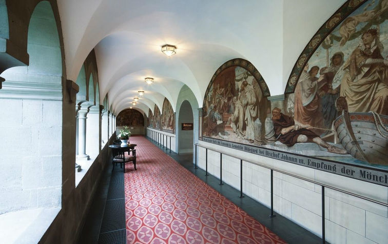 Beispiel: Kreuzgang, Foto: Steigenberger Inselhotel Konstanz.