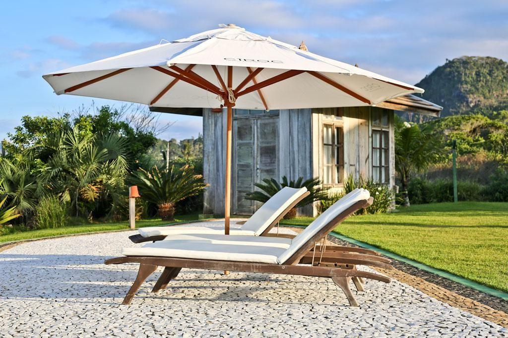 Praia do Estaleiro Guest House