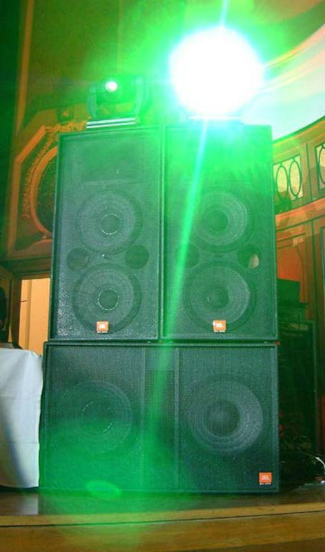 Beispiel: Tonanlage, Foto: The DJ.