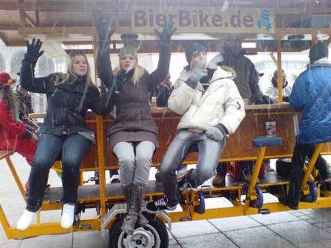 Beispiel: BierBike bei jedem Wetter, Foto: BierBike Ulm.