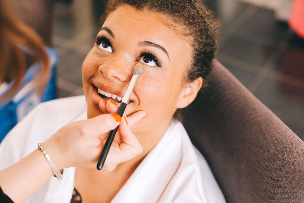 Céline Ponnet- makeup artist