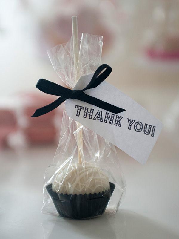 Cake Pop Gastgeschenk |Foto: Die Zuckerbäckerin