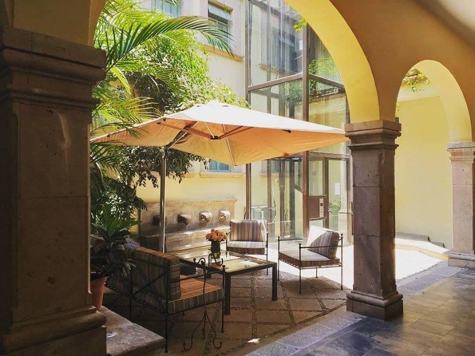 El Palomar Hotel