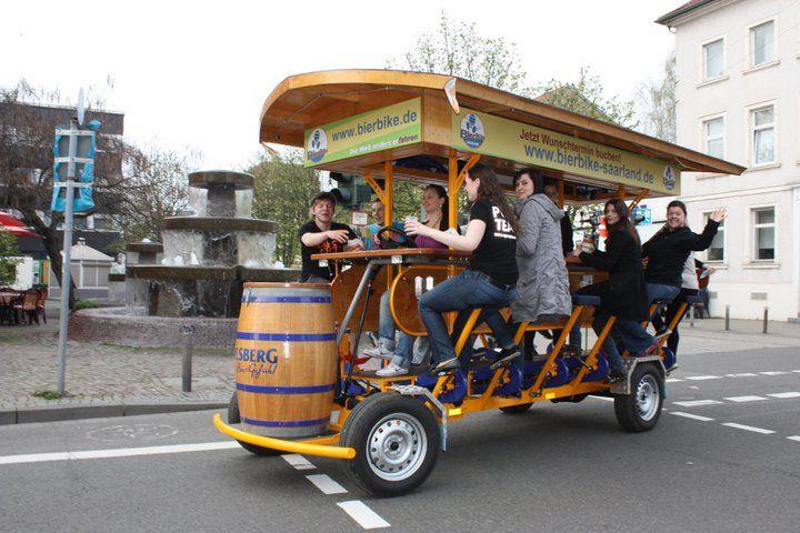 Beispiel: Fahrt für Ihre Hochzeitsgäste, Foto: BierBike Saarland.